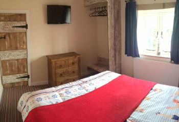 Sunset View holiday cottage Norfolk bedroom